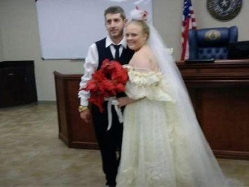 Cô dâu, chú rể chết thảm khi đám cưới vừa kết thúc chưa đầy 5 phút