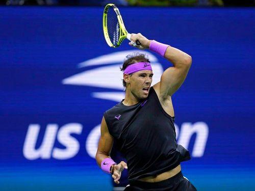 Nadal sáng cửa vào chung kết US Open dù mới thắng trận đầu
