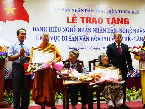TT-Huế: Trao tặng và truy tặng danh hiệu Nghệ nhân nhân dân, Nghệ nhân ưu tú