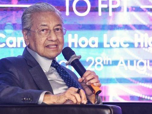 Thủ tướng Malaysia chia sẻ kinh nghiệm chuyển đổi số thành công