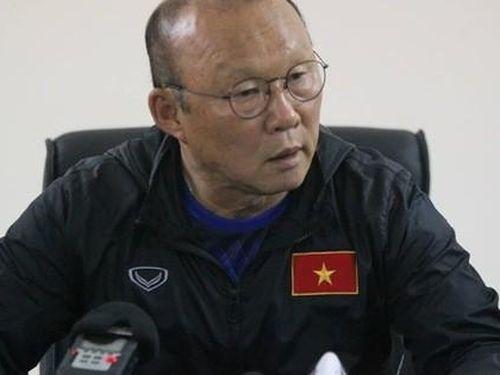 Đoàn Văn Hậu sang Hà Lan thi đấu, HLV Park Hang-seo lo mất hàng thủ tại SEA Games 30