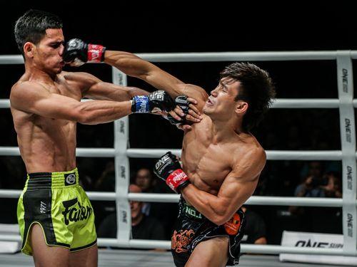 Giải đấu muay - kick boxing ONE Championship 2019: Võ sĩ Nguyễn Trần Duy Nhất hạ knock-out đối thủ