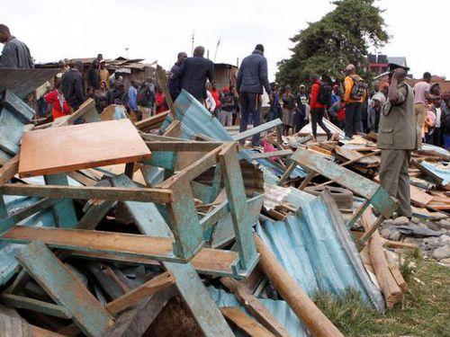 Kinh hoàng sập lớp học ở Kenya, gần 70 người thương vong