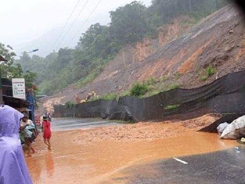 Phê duyệt 48 tỷ đồng xử lý khẩn cấp vụ sạt lở đất tại Kỳ Sơn