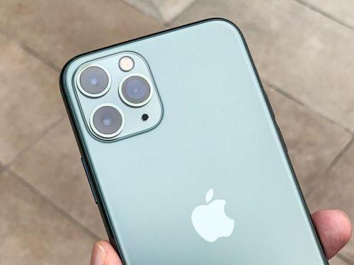 Giá iPhone 11 giảm 'sốc' tại Việt Nam
