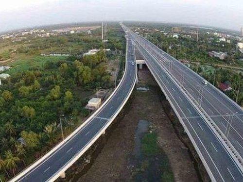 Tiết lộ danh tính nhà thầu đầu tiên của dự án cao tốc Bắc - Nam