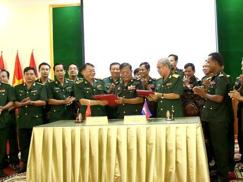 Nâng cao hiệu quả hợp tác cứu hộ, cứu nạn ở khu vực biên giới giữa Việt Nam và Campuchia
