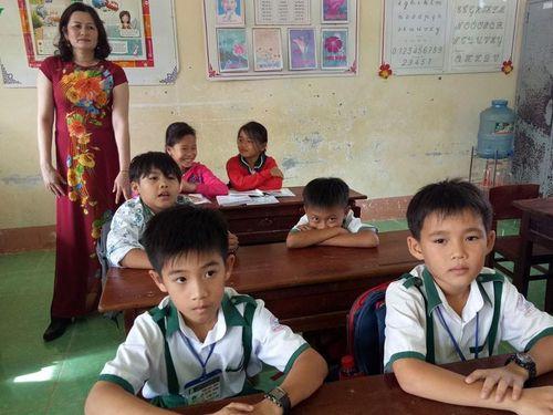 Số học sinh ở Cà Mau phải nhập viện vì sốt, nhức đầu lên hơn 230 em