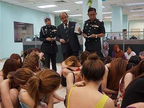 20 phụ nữ Việt Nam bị cảnh sát Malaysia bắt vì hoạt động mại dâm
