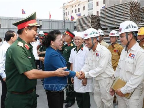 Top legislator visits construction site of Lao NA House, Vientiane province