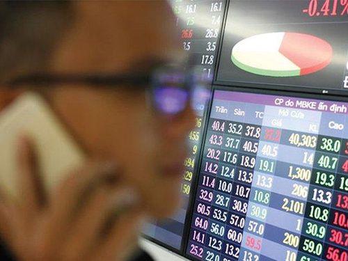 Loạt công ty 'cá mập' bị phạt vì mua bán 'chui' cổ phiếu