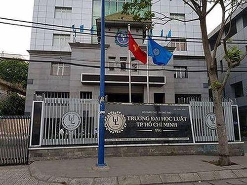 Thủ quỹ Đại học Luật Thành phố Hồ Chí Minh dùng tài khoản cá nhân thu học phí