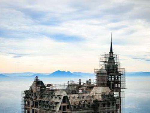 Chủ khách sạn Lâu đài Tam Đảo: 'Chúng tôi làm kinh doanh, đầu tư 400 tỷ hay 4 tỷ USD có sao đâu?'