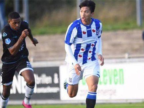 Văn Hậu đón tin cực vui từ HLV SC Heerenveen