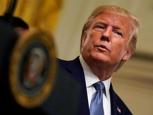 Xuất hiện đơn tố cáo thứ hai, ông Trump khó chống đỡ hơn