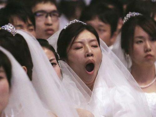 Giới trẻ Nhật - Trung - Hàn: Không yêu, không cưới, không đẻ con
