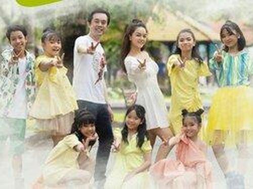 Phạm Quỳnh Anh - Dương Khắc Linh thực hiện lời hứa cùng học trò quay MV 'We Are The Future'