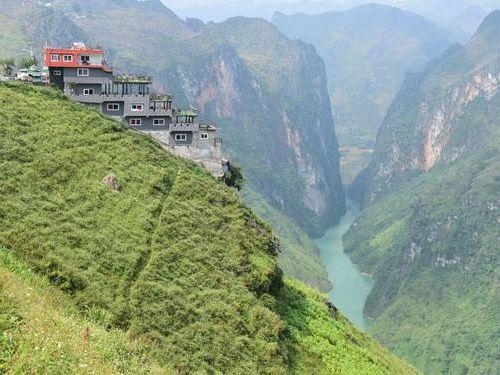 Bộ Văn hóa không đồng tình về công trình trên đỉnh Mã Pì Lèng