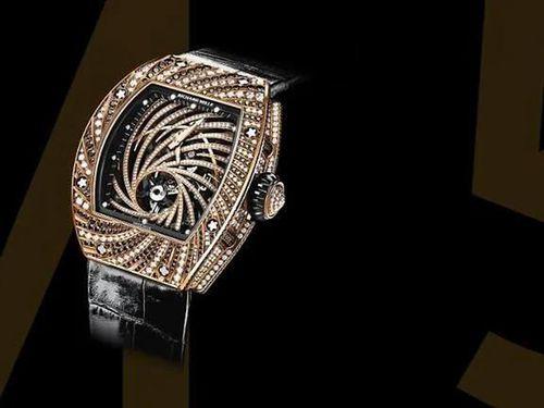 Giật đồng hồ 840.000 USD ở Paris, tên cướp bị rơi điện thoại