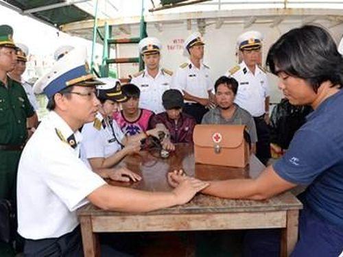 Hải đoàn 129, Quân cảng Sài Gòn: Cứu nạn và đưa 12 ngư dân về đất liền an toàn