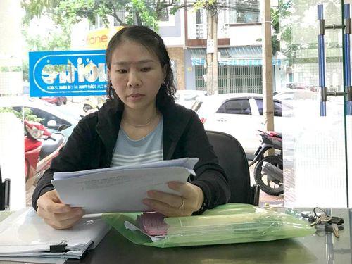 'Cô giáo tự quỳ' trước trụ sở UBND tỉnh Đắk Lắk tiếp tục khiếu nại