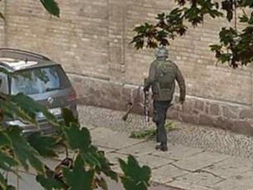 Xả súng kinh hoàng ở Đức và được livestream