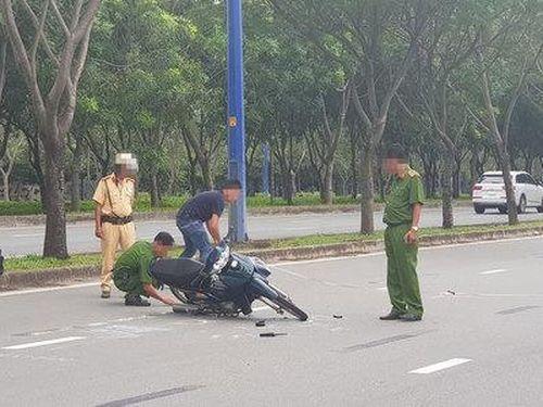 Bị yêu cầu dừng xe, thanh niên 17 tuổi tông thẳng vào cảnh sát giao thông