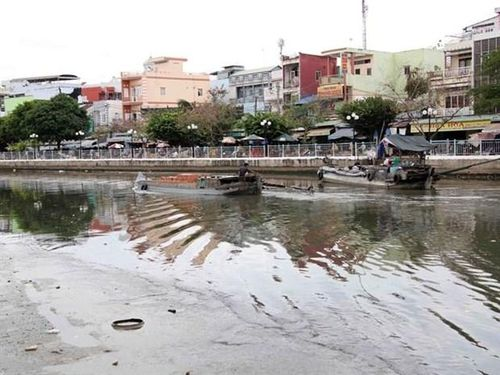 Nearly 90 percent of city sewage ends up in rivers