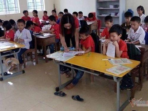 Giáo viên chạy 'sô', 2.000 học sinh vẫn 'thất học' tiếng Anh
