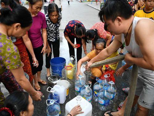 Nước sạch Sông Đà xin lỗi dân Hà Nội: Chưa đủ... cần xử lý Viwasupco theo pháp luật nữa?