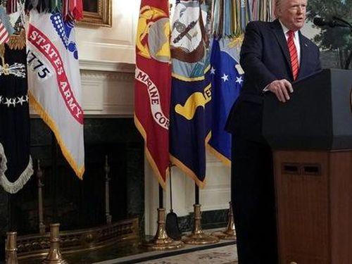 Đảng Dân chủ khó chịu vì bị ông Trump 'qua mặt' vụ giết trùm IS