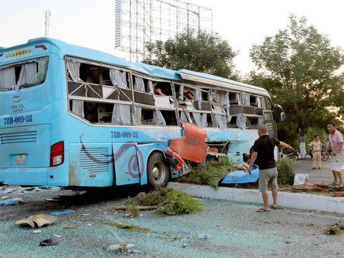 Khởi tố tài xế xe khách Phương Trang tông ôtô giường nằm