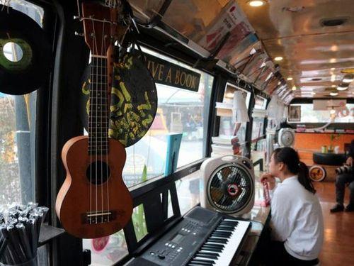 Tò mò không gian của cà phê xe buýt tái sử dụng