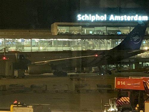 Máy bay sơ tán khẩn vì phi công ấn nhầm nút báo 'có không tặc'