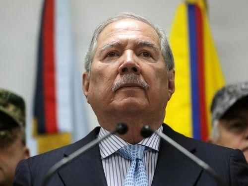 Bộ trưởng Quốc phòng Colombia từ chức do áp lực dư luận