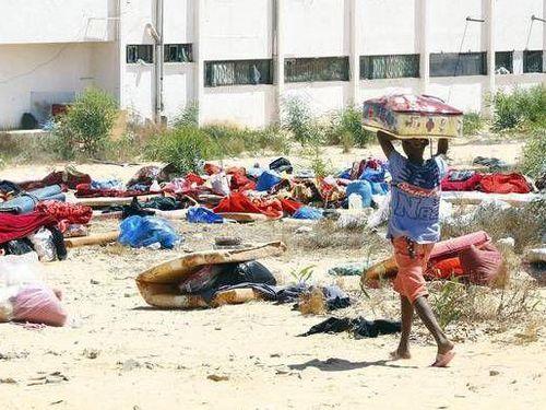 Ít nhất 300.000 người phải di dời do xung đột ở Libya