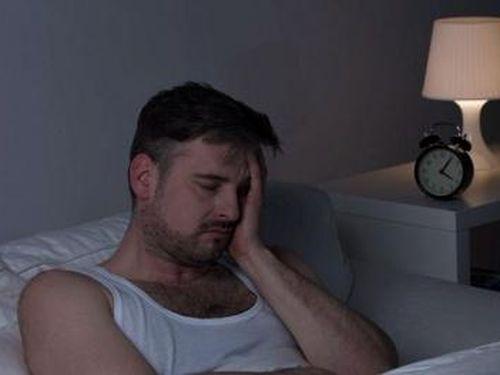 Những loại thực phẩm tốt và không tốt cho giấc ngủ