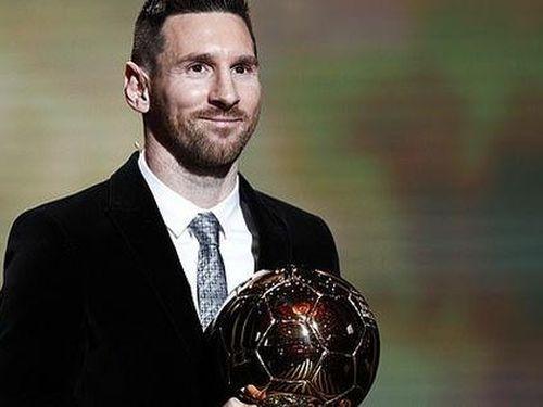 Lionel Messi lưu danh lịch sử với 'Quả bóng vàng' thứ 6