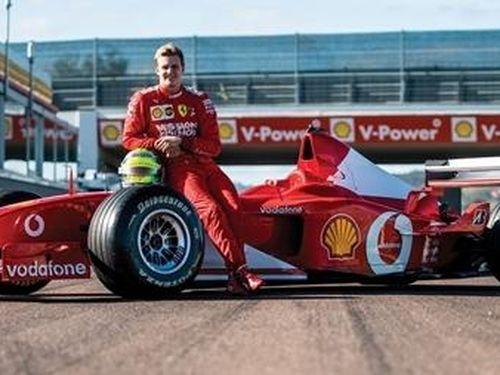 Mức giá kỷ lục cho chiếc xe của huyền thoại đường đua F1