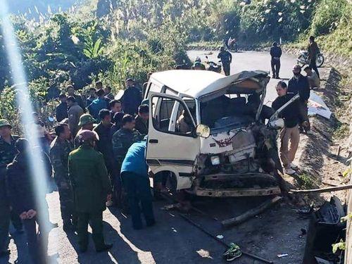Xe chở đoàn thiện nguyện đâm vách núi: Thêm 1 người thiệt mạng
