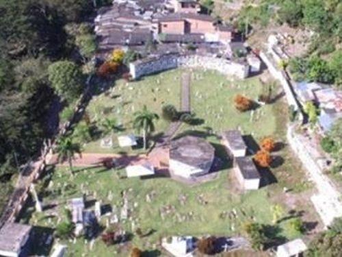 Kinh hoàng phát hiện ngôi mộ tập thể của 50 nạn nhân thảm sát