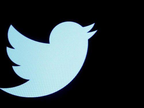 Nêu tên người tố cáo, tài khoản Twitter của ông Trump bị chặn