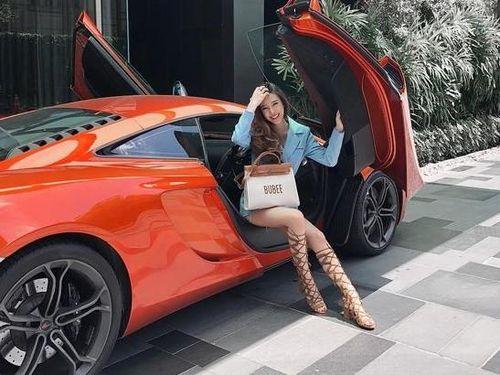 Hotgirl gây choáng đến mức mỗi ngày thay 1 siêu xe