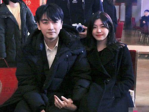 Hạnh phúc bên bà xã Trần Nghiên Hy, Trần Hiểu đánh bay tin đồn còn vương vấn tình cảm với Triệu Lệ Dĩnh