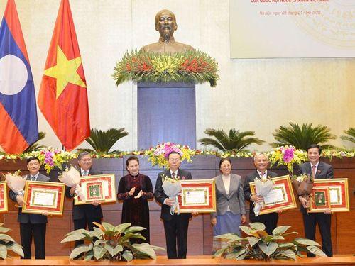 Lào trao Huân, Huy chương cho tập thể và cá nhân của Quốc hội Việt Nam