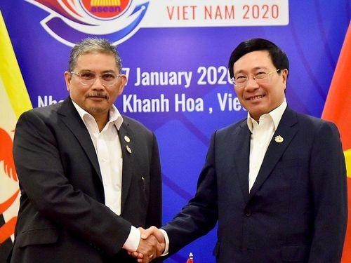 Phó Thủ tướng Phạm Bình Minh tiếp Bộ trưởng thứ hai Bộ Ngoại giao Brunei
