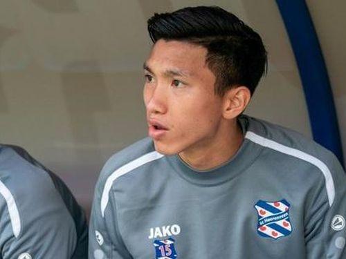 Văn Hậu dự bị trong ngày Heerenveen thua ngược đội chiếu dưới