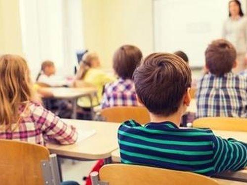 Tranh cãi việc nhà trường dạy trẻ chuyện tránh bị lạm dụng