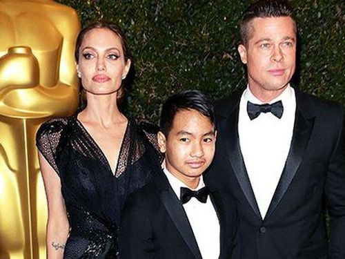 Brad Pitt nỗ lực làm lành với con trai nuôi?