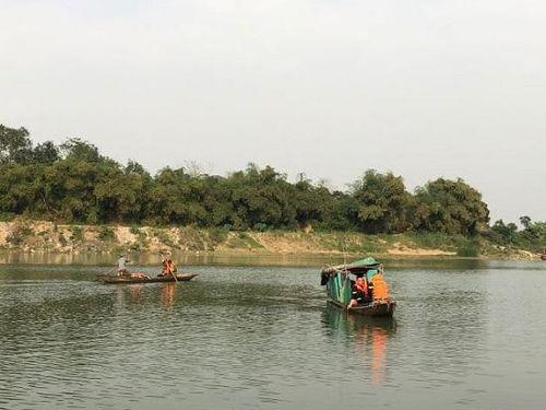 Thanh Hóa: Tích cực tìm kiếm nạn nhân đuối nước tại khu vực cầu Kiểu